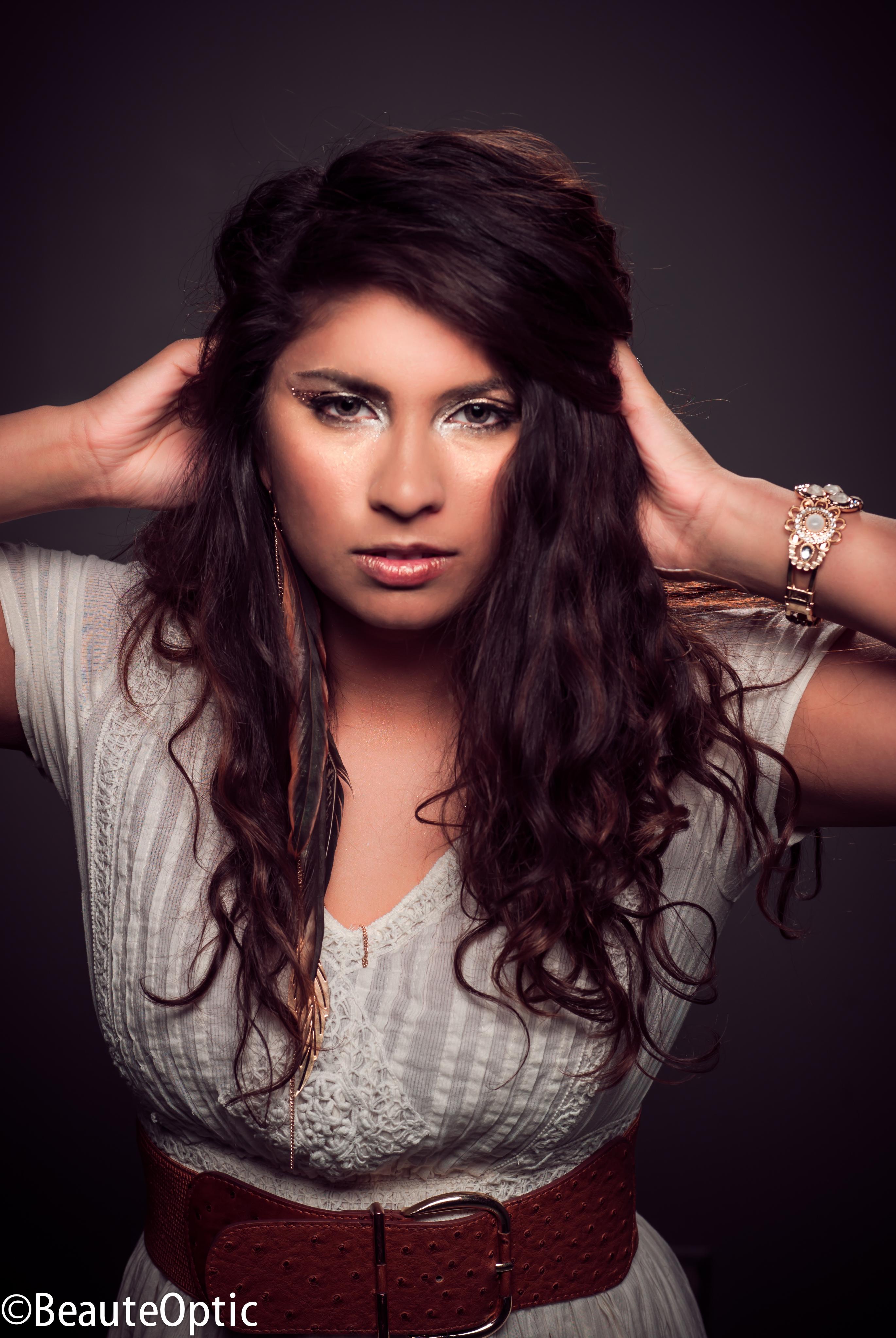Myriam Cyr Myriam Cyr new photo